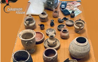 San Severo, blitz in una lavanderia: oltre alla droga sbucano reperti archeologici