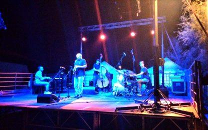 """""""Lago in Jazz"""" a Foce Varano: successo di pubblico per Stefano Di Battista Quartet"""