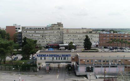 Covid, 42 ricoverati ai Riuniti di Foggia, 6 in rianimazione: 4 non vaccinati, 2 con patologie pregresse